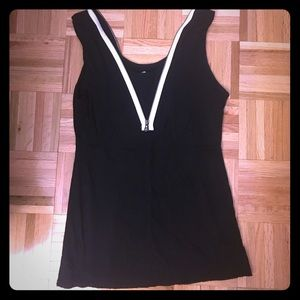Bailey 44 top with zipper in front and back