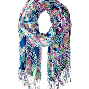 Like New Lilly Pulitzer Palm Reader Scarf