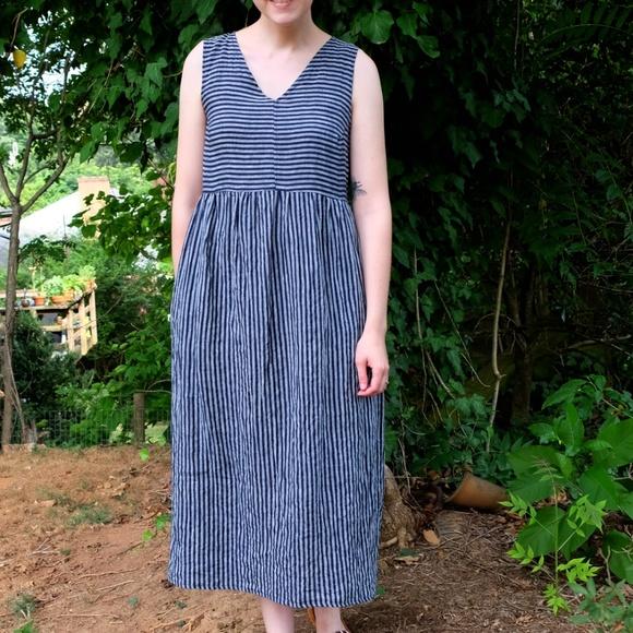 c90fa196a7 Pyne and Smith Clothiers Linen Pinstripe Dress. M 59ea9234d14d7b87a6016dcc