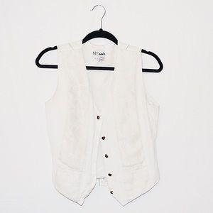 Jackets & Blazers - ☁️VINTAGE White Lace-Front Vest☁️
