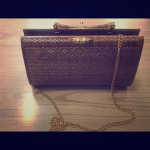 ‼️TREND WATCH‼️ WOVEN HANDBAG WITH HANDLE OR CHAIN