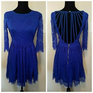 Gianni Bini blue lace dress