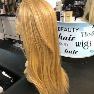 Accessories - Blonde Free Part super long wig