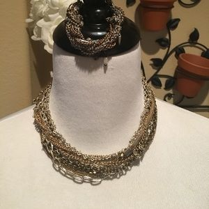 Banana Republic necklace and bracelet set