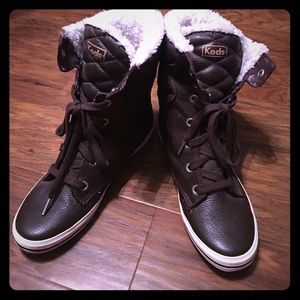BN w/o box Keds brown leather winter boots