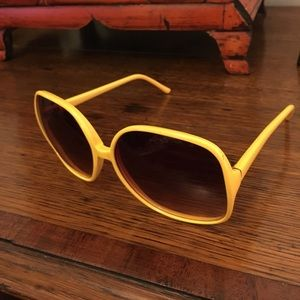 Vintage yellow sunglasses