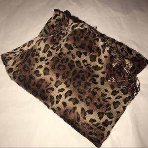 leopard print scarf! NWOT!!!!!