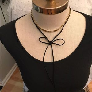Beautiful Choker with velvet tie