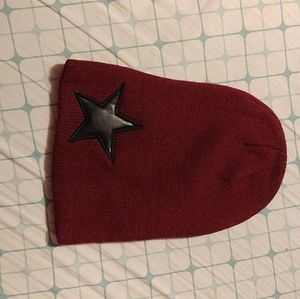 Accessories - Burgundy Star beanie