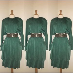 Vintage Green Dress w/ side pockets