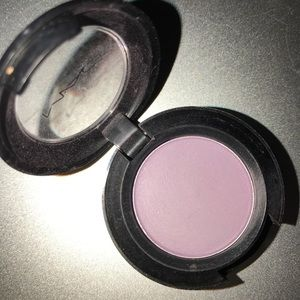 MAC Light Purple Wow Factor Eyeshadow