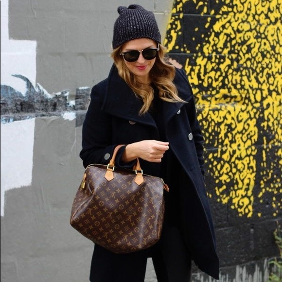 e9a8eb3b5a1c Louis Vuitton Handbags - LOUIS VUITTON SPEEDY 35 MONOGRAM PRINT CANVAS BAG