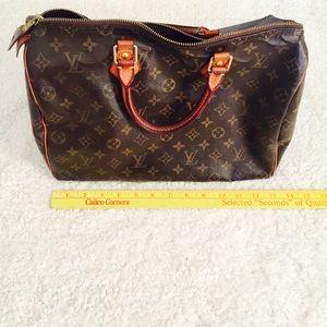 a6dbafb99 Louis Vuitton Bags - LOUIS VUITTON SPEEDY 35 MONOGRAM PRINT CANVAS BAG