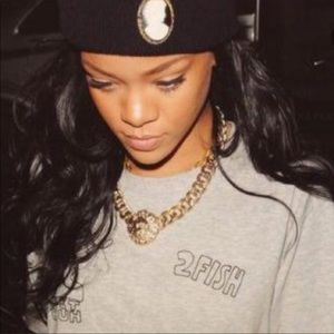 Rihanna Lion Chain & Earrings
