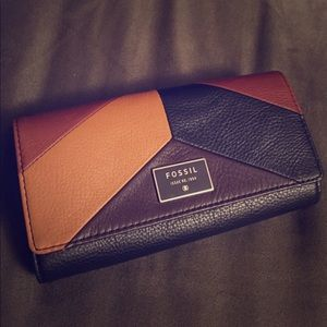🖤Gorgeous Genuine Leather Fossil  Wallet.🖤
