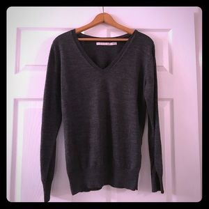 Old Navy Charcoal Gray V Neck Sweater
