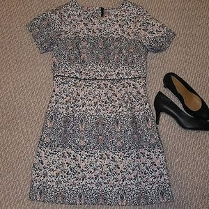 Embroidered H&M Dress with pockets!