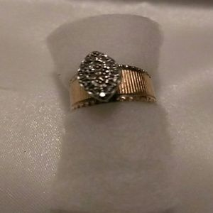 Other - 10k Gold Cluster diamond ring