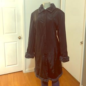Impermeable Vintage Coat