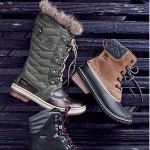 Sorel // Faux Fur Lined Waterproof Boots