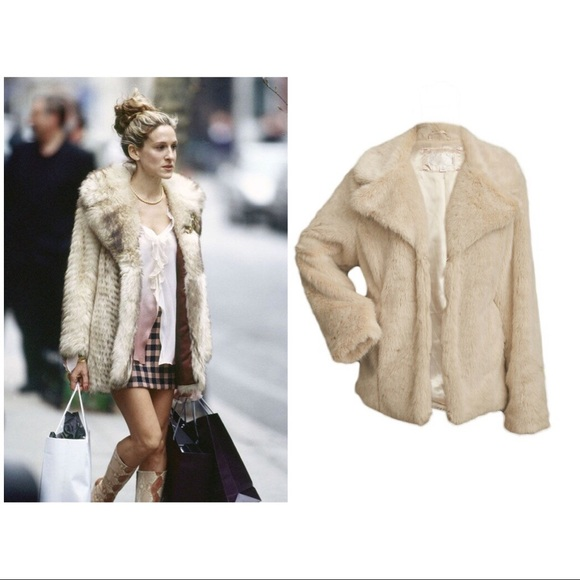 4976c76f9 💋👸🏼CARRIE BRADSHAW INSPIRED FAUX FUR COAT👸🏼💋
