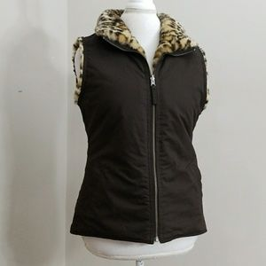 Gap Reversable Vest