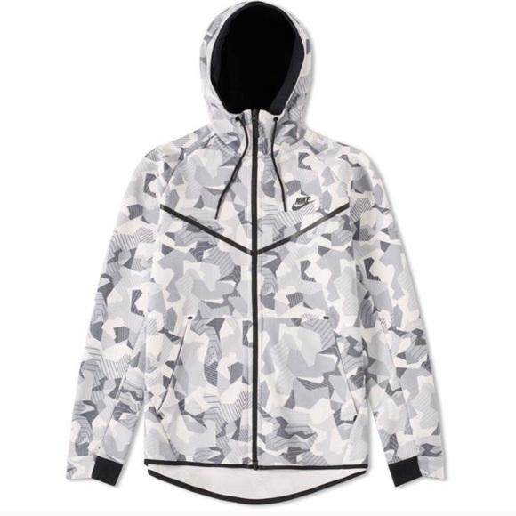 huge selection of 0a72c 13b30 NIKE Sportswear Tech Fleece White Camo Hoodie