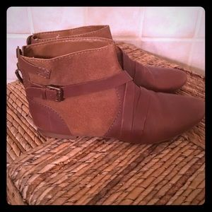 Worn once Zara flat brown booties in size 8.