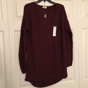 🦉Old Navy Long Burgundy VNeck Chunky Sweater L