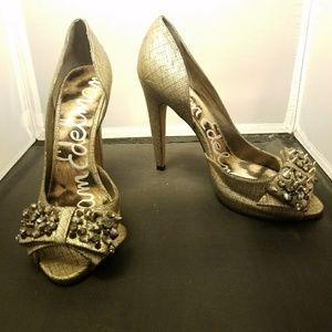 "SAM EDELMAN ""Lorna"" pewter/antique gold heels"