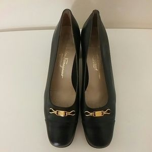 Salvatore Ferragamo black and gold dressy shoes