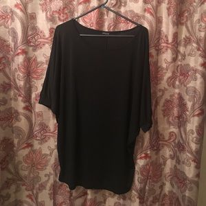 Love Culture Basic Dressy Top. Size L.
