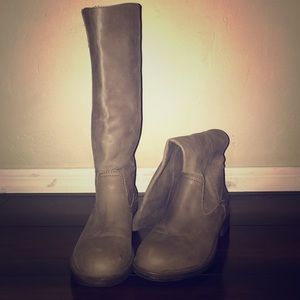 Shoes - Gray  Boots