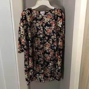 Lularoe Bianka with a gorgeous rose print