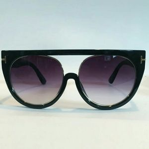 Women's Black Sunglasses