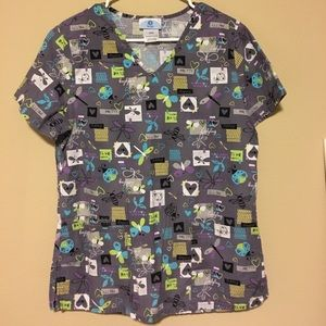 Women's Scrub Top with Dragonfly Pattern