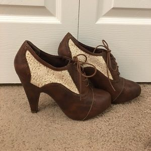 Charlotte Russe heels brown and white