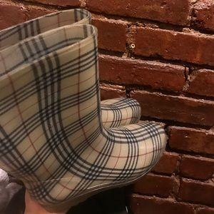 Shoes - Cute Rainboots from Korea!!