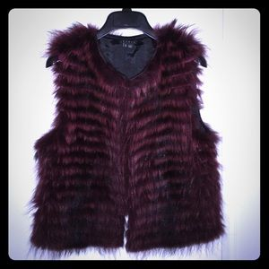 NEW THEORY real fur himiney vest RARE!!