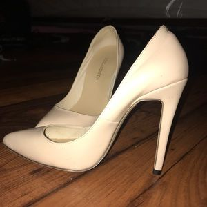 Shoes - Nude Heels