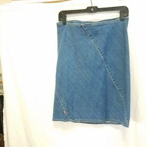LEVI'S denim skirt, size M