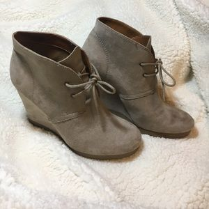 Nine West heeled ankle boots