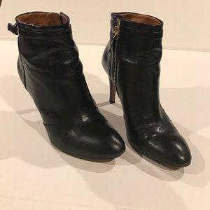 Nine West Black booties heels.