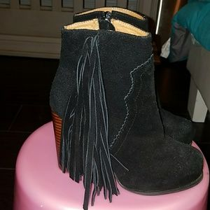 Jeffrey campbell prance booties with fringe