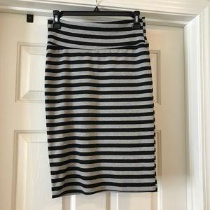 XS black and gray Lularoe Cassie pencil skirt