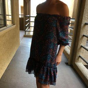 Dresses & Skirts - Floral 💐Off Shoulder Dress 👗