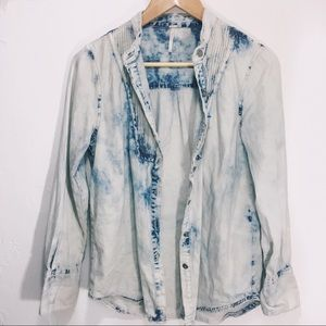 Free People small acid wash denim button down long
