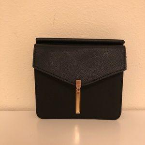 Forever21 black crossbody bag