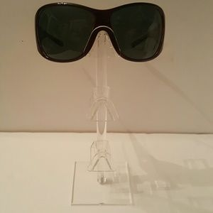 8b8c9f021ea VERSACE Accessories - Reduced!Firm! Very Sexy pair of Versace sunglasses