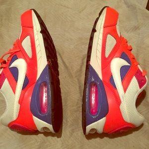 Women Nike Air Max 8.5